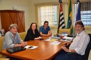 Prefeito e secretário de Cultura conversaram com atriz da TV Globo (Divulgação
