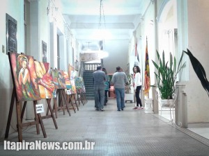 Mostra de Arte segue até dia 25 com visitação gratuita