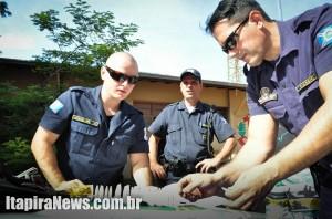 Guardas surpreenderam dupla com cocaína no Nosso Teto
