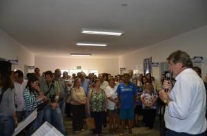 Paganini inaugurou USF e falou a populares (Divulgação)