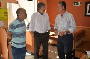 Silva e Paganini foram recepcionados por Bazon (Divulgação)