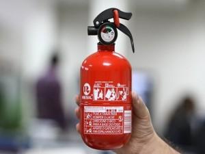 Novo extintor está em falta (Reprodução)