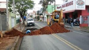 Obra impediu parcialmente trânsito da Avenida Brasília (Divulgação)