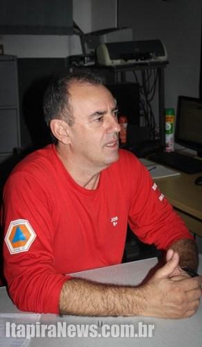 Job, chefe da Defesa Civil, dá orientações (Arquivo)