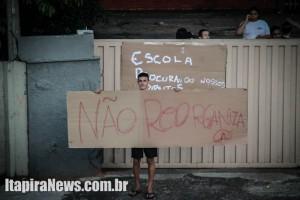 Estudantes protestam contra reorganização em Itapira