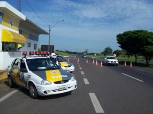 A fiscalização é feita com intuito de preservar a vida dos próprios motoristas e passageiros (Divulgação)