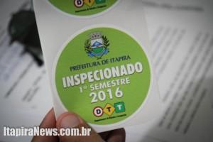 Selo confirma inspeção de veículos do transporte escolar (Leo Santos)