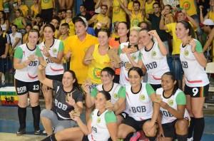 Meninas da Bob Marley celebraram vitória (Divulgação)