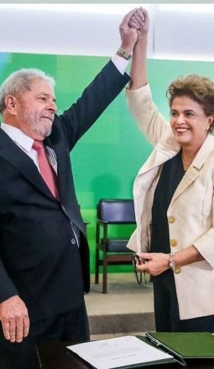 Dilma chegou a dar posse a Lula, mas Justiça impediu transmissão de cargo (Roberto Stuckert Filho/Presidência da República)