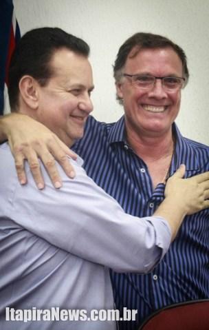 Kassab e Bellini durante lançamento de pré-candidatura em Itapira (Leo Santos)