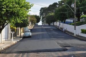 Novo asfalto foi aplicado na Duque de Caxias (Divulgação)