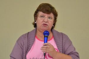 Wanda destacou importância do trabalho junto às mulheres acometidas pelo câncer de mama (Divulgação)