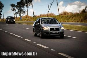 Uso do farol baixo passa a ser obrigatório em rodovias