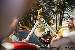 Filho de itapirenses foi convidado a carregar tocha olímpica (Natália Freitas/Divulgação)