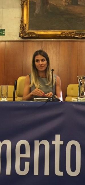 Maíra Recchia durante evento na Câmara paulistana (Divulgação)