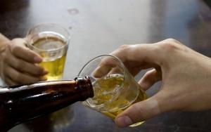 Venda e consumo de álcool está liberada em SP no dia das eleições (Ilustração)