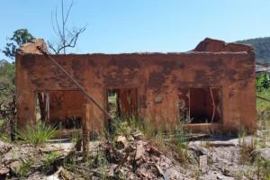 Um ano depois da tragédia, atingidos pela lama ainda não sabem quando serão indenizados (Léo Rodrigues/Agência Brasil)