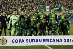Desastre aéreo matou 19  jogadores do time catarinense (Marcio Cunha/Agência Lusa)
