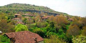 Манастир (Manastir) село во Прилепско Мариово
