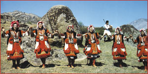 Тресеница – Македонско Народно Оро