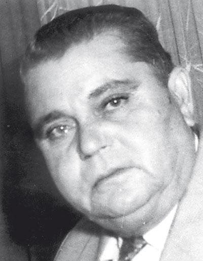 СТАЛЕ ПОПОВ (25 мај 1902 – 10 март 1965) – раскажувач, романсиер