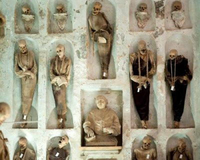 Mummie delle Catacombe dei Cappuccini di Palermo