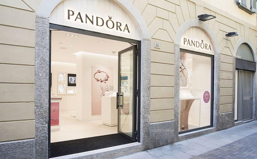 Pandora Como