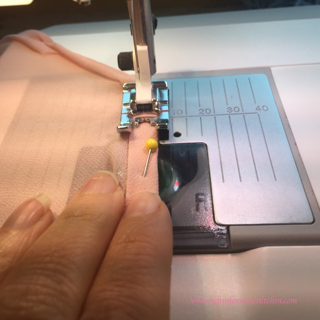 itchinforsomestitchin.com