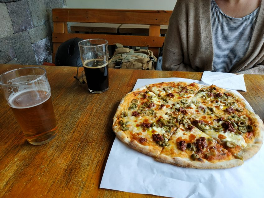pizza and craft beer in ecuador