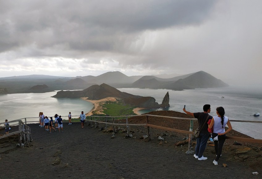 bartolome viewpoint in the galapagos