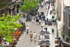 Newly-pedestrianized streets allow for walking, cycling, street activitiy