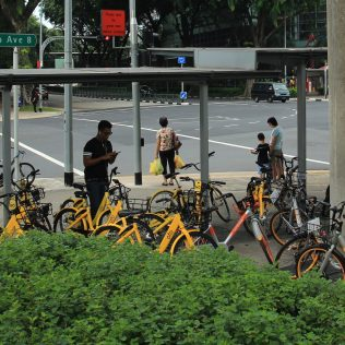 The sovereign city-state in Southeast Asia is working to incorporate dockless bikeshare into its extensive transit network. The Singapore Land Transport Authority (LTA) pivoted from planning a station-based system to develop permit regulations for dockless bikeshare. Singapore-based dockless operator oBike launched in 2017 with 1,000 bikes, and that number has now grown to over 14,000, with over one million active users. Mobike and ofo also have bikes in the city. Common complaints about dockless bikeshare, such as damaged and abandoned bikes, and bikes blocking public spaces, have led to the LTA requiring dockless operators to work with the agency to site and implement thousands of bike parking zones.
