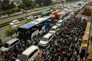 Motorcycles are more affordable, and sometimes considered faster for Jakartans. Unfortunately, they are not safer nor are they better for the environment.