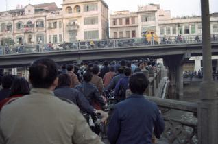 Cycling was a popular mode of transit in China up until the 1990s.