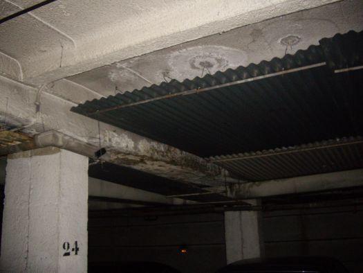 Humedad techo sotano