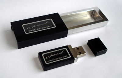 Titan USB Flash Drive