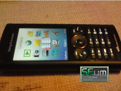 "Sony Ericsson ""Patti"" W902 Walkman Phone"