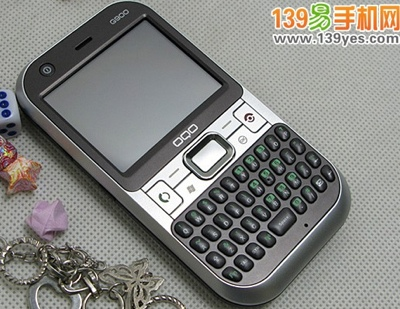 OQO G900 clones Palm Centro