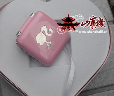 barbie-p520-mobile-phone-1.jpg