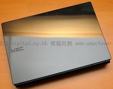 nec-versa-n1100-lavie-light-netbook-unboxed.jpg