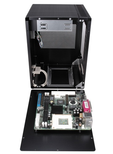 Lian Li PC-Q07 Mini-ITX chassis