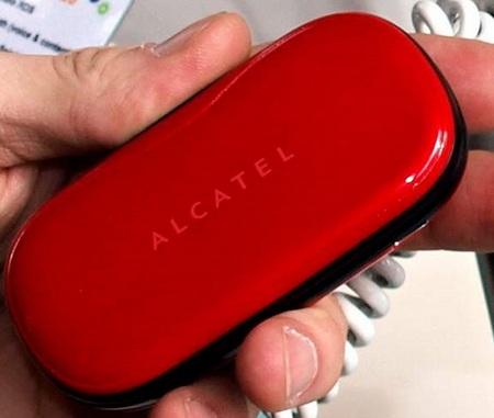 alcatel-ot-s320-clamshell.jpg