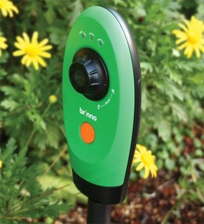 hammacher-schlemmer-timelapse-garden-video-camera