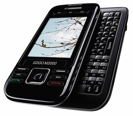 Kyocera G2GO M2000 CDMA QWERTY phone