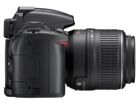 nikon-d5000-digital-slr-right