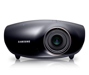 Samsung intros eight new projectors