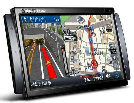 thinkware-inavi-es300-multimedia-navigator-1