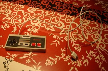 DIY NES Controller iPhone Dock