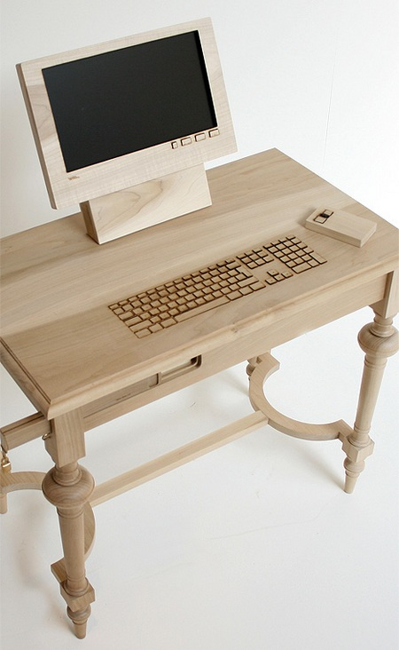 Dear Diary 1.0 Wooden Workstation 1
