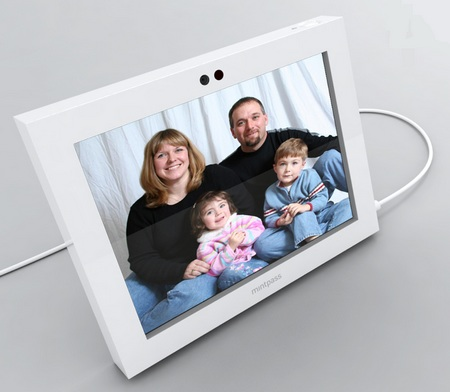 Mintpass Mint Frame Digital Photo Frame Concept